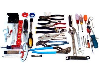 Как правильно выбрать универсальный набор инструментов?