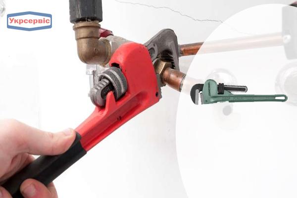 Купить недорого трубный ключ Jonnesway W2814