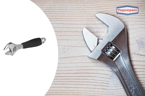 Купить недорого разводной ключ Miol 54-024